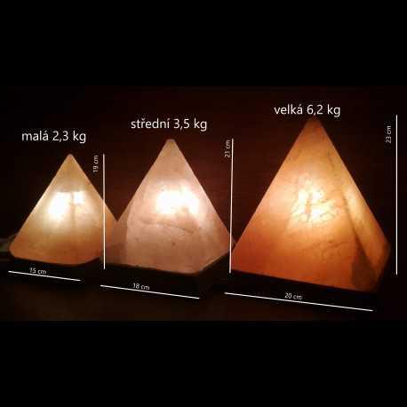 solná pyramida - střední